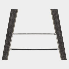Contrasting Chrome Bracing Bar Footrest