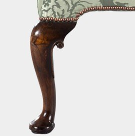 Smooth Queen Anne Style Cabriole Leg