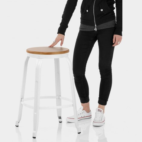 Amp Bar Stool White Features Image