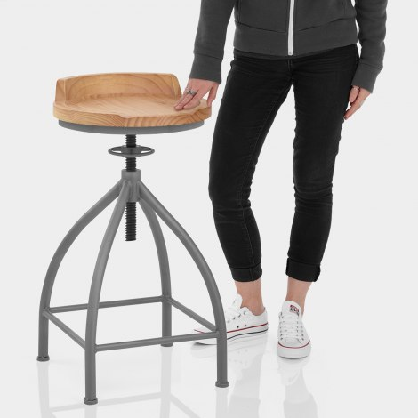 Axle Industrial Bar Stool Features Image
