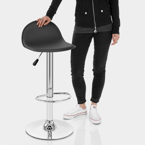 Cap Chrome Stool Black Features Image
