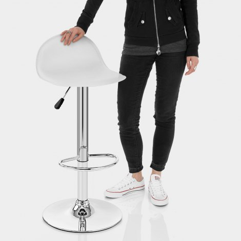 Cap Chrome Stool White Features Image