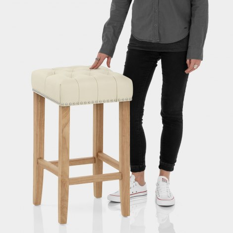 Chelsea Oak Stool Cream Leather Features Image