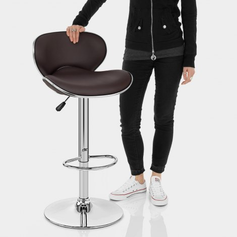 Duo Bar Stool Brown Features Image
