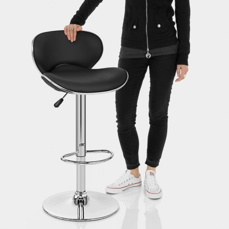 Duo Bar Stool Black Features Image