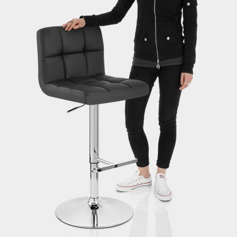 Grid Bar Stool Black Features Image