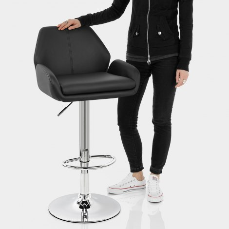 Manhattan Bar Stool Black Features Image