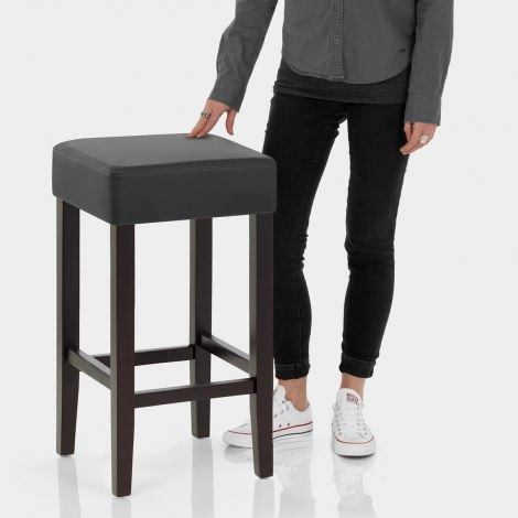 Oliver Wenge Stool Black Features Image