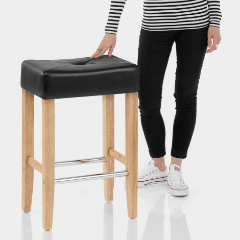 Otis Oak Bar Stool Black Features Image