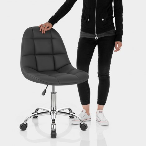 Rochelle Office Chair Black Features Image