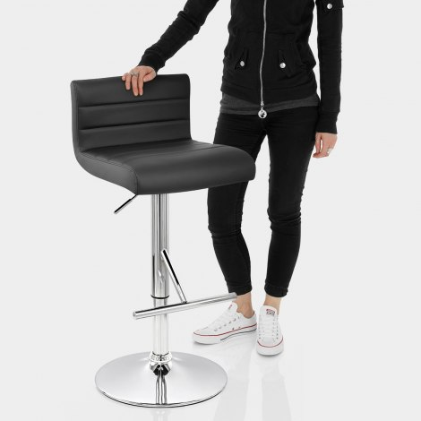 Style Bar Stool Black Features Image