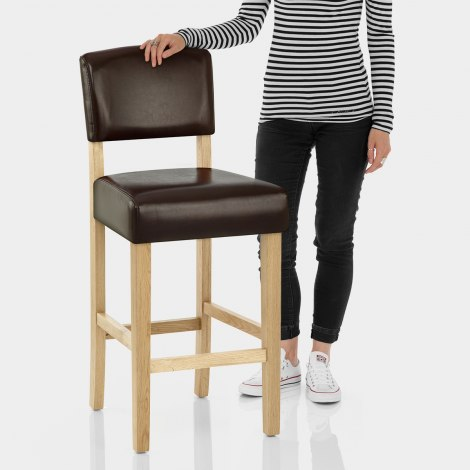 Sydney Oak Bar Stool Brown Features Image