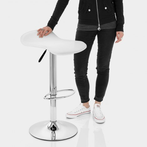 Zars Bar Stool White Features Image