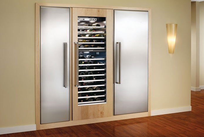 Integrated Fridge In Modern Kitchen