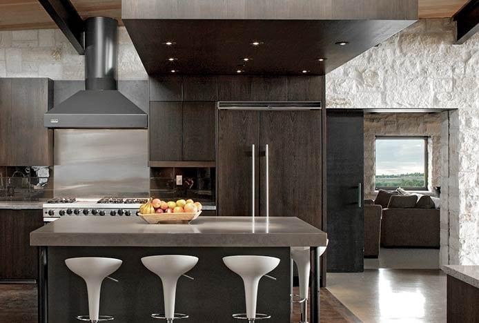 Dark Colour Scheme In Modern Kitchen