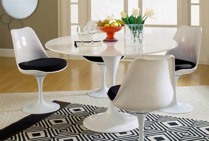 Tulip Chairs and Tulip Table