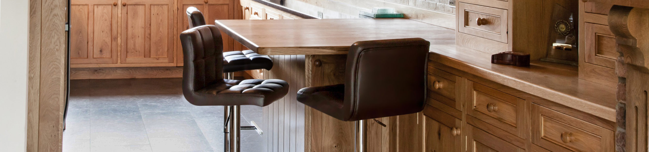 Grid Bar Stool Brown Video Banner