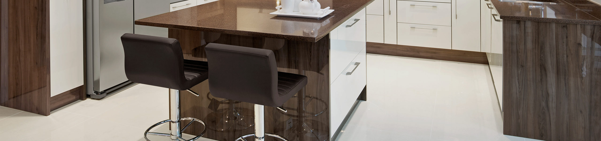 Mint Bar Stool Brown Video Banner